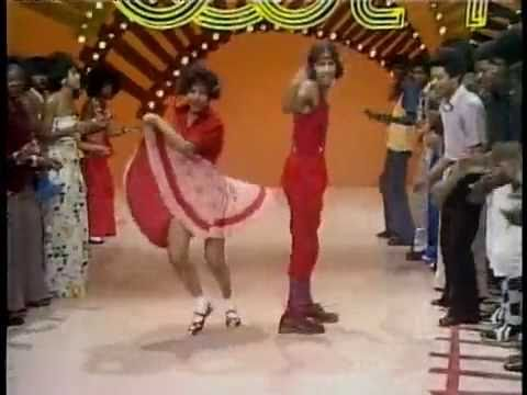 Soul Train Line Dance To Earth Wind Fire S Mighty Mighty Youtube