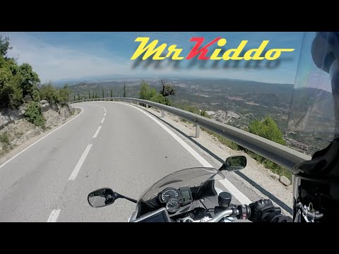 The curvy roads of Montserrat - Señor Kiddo's Spanish Adventures Ep4
