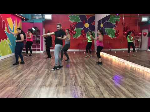Azukita by Daddy Yankee, Steve Aoki, Play-N-Skillz and Elvis Crespo