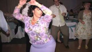 Bridesmaids & Guests Gone Wild Dancing to