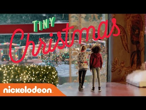 Tiny Christmas.Tiny Christmas Exclusive Trailer Starring Lizzy Greene