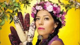 El liston de tu pelo Denise Gutiérrez vs Lila Downs