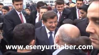Başbakan Ahmet Davutoğlu'na Esenyurt'ta yoğun ilgi