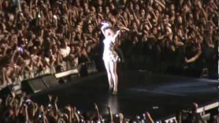 Beyonce Live in São Paulo - Irreplaceable