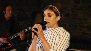Emma Lou & The Agenda - Trouble Tonight (Live)