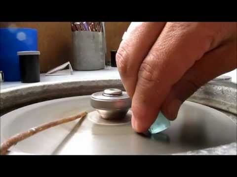 Steps in Lapidary Process.- English Subtitles. Bogota, Colombia.
