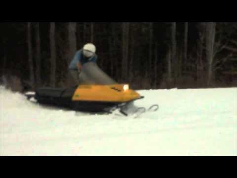 1987 Ski Doo Skandic 503r Carving Some Snow