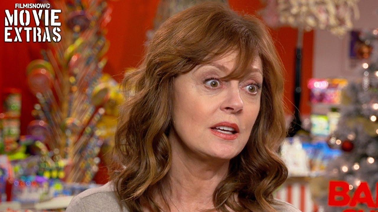 Bad Mom Christmas.A Bad Moms Christmas On Set Visit With Susan Sarandon Carla S Mother
