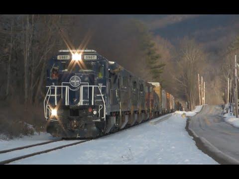 Rare! Pan Am Railways 11R Detours the Vermont Rail System