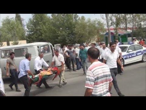 Berde qeza -Toy karvanında olan maşın 4 nəfəri vurub