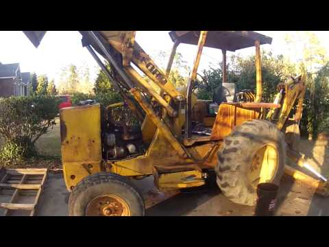 1981 Ford 555 Backhoe Transmission Issues Part 2 (Tearin' her down