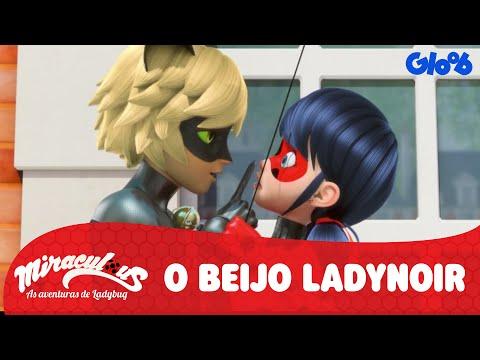 O Beijo de Ladybug e Cat Noir | Miraculous: As Aventuras de Ladybug | Vídeo Oficial | Gloob