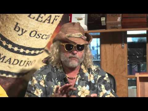 Cigar Time Show 104 reviews Leaf by Oscar