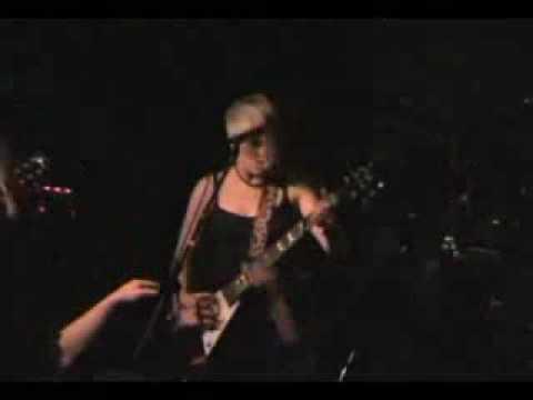 Kittie - Into The Darkness / Burning Bridges (live) 2008