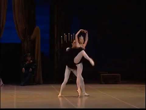 Как танцевала Волочкова