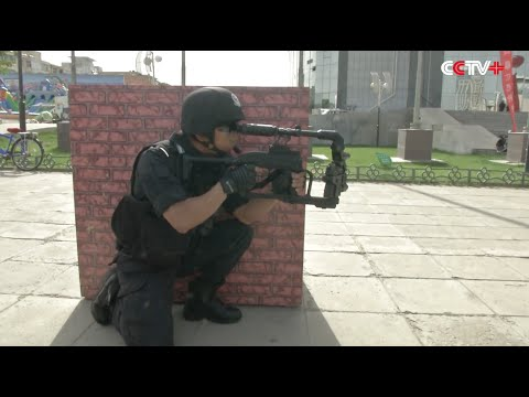 Chinese Police Display Weapons to Residents in NW China City