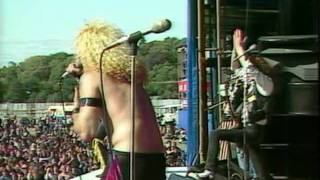 Twisted Sister - It's Only Rock and Roll (But I Like It) [Reading 1982]
