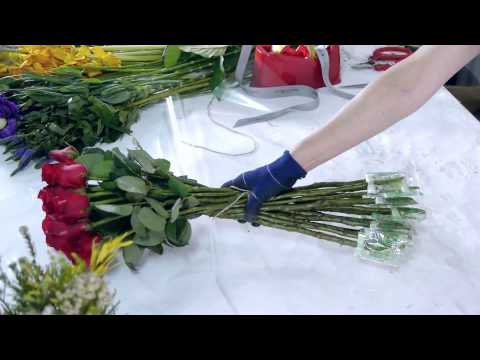 How to create a Roses Bouquet and Boxed Flowers