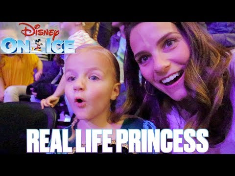DISNEY ON ICE WITH A REAL LIFE PRINCESS | DISNEY PRINCESSES IN REAL LIFE