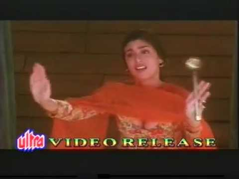 Neha Sabana Raza hot cleavage thumbnail