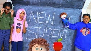 NEW STUDENT AT SCHOOL! - Onyx Kids