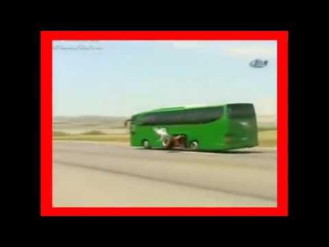 Quebra de asa com Ônibus
