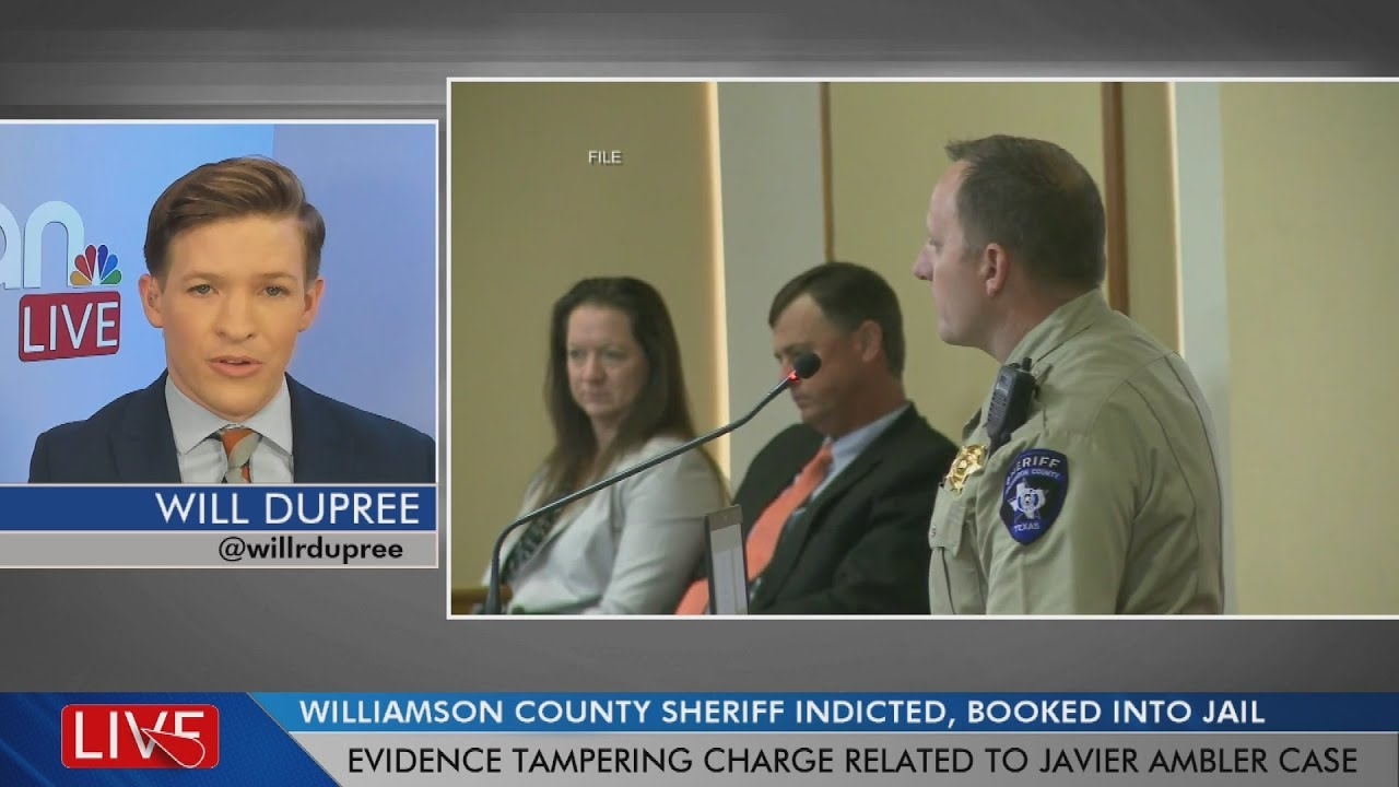 Williamson County sheriff indicted, booked into jail for felony charge