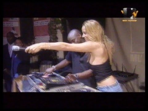 Drunk Mariah Carey Sings 'Heartbreaker Remix'  At The 1999 Mtv's EMA'S  Party