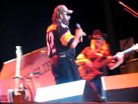 Hank Williams Jr. If Heaven Aint Alot Like Dixie Live Canfield,OH 2009
