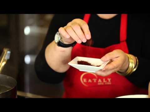 Lidia Bastianich cooking risotto to support the Duomo di Milano