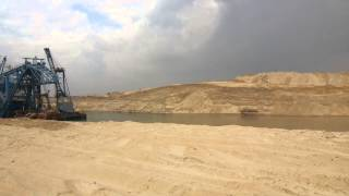 قناة السويس الجديدة : أول فيديو لقناة الاتصال بالكيلو65بالقطاع الشمالى
