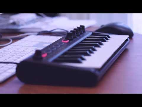 iRig Keys 2 Mini ultra-compact MIDI keyboard controller