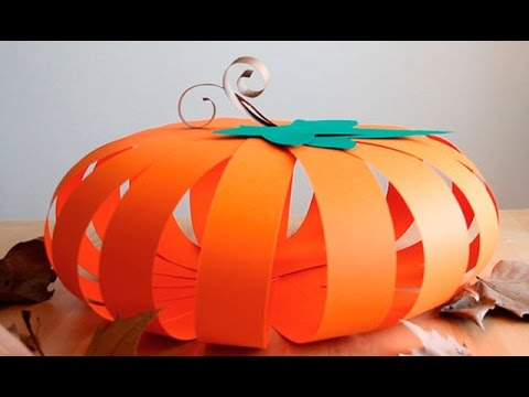 Decoraci n para halloween calabaza de cartulina youtube for Como hacer decoraciones de halloween