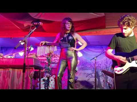 Jenny Lewis- Heads Gonna Roll- Gruene Hall, 09/20/18