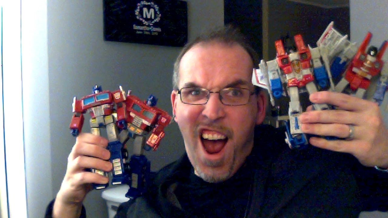 GotBot Goes Live: Earthrise Reveals, Cyberverse News, Toy Fair and an Unboxing!
