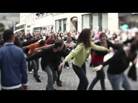 Flashmob Caen 18 juin 2011 I gotta feeling - Black Eyed Peas