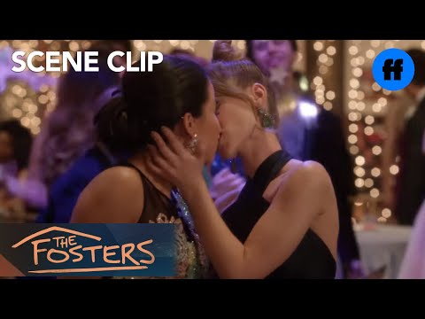 The Fosters | Season 5, Episode 9: Mariana and Emma Kiss | Freeform