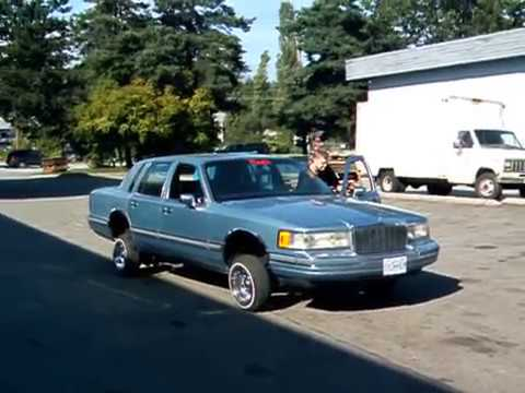 90 Towncar Lowrider Chippin Youtube
