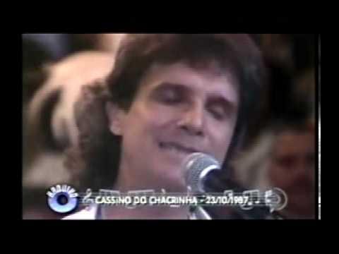 Chacrinha -  Roberto Carlos canta -Amor Perfeito-AUDIO ORIGINAL REMASTERIZADO