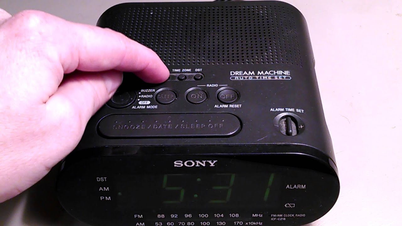 how to set the alarm clock sony dream machine icf c218 youtube rh youtube com sony dream machine alarm clock manual dst dream machine auto time set alarm clock manual