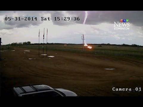 Lightning Strike Hits Moving Pickup Truck Ctv Edmonton