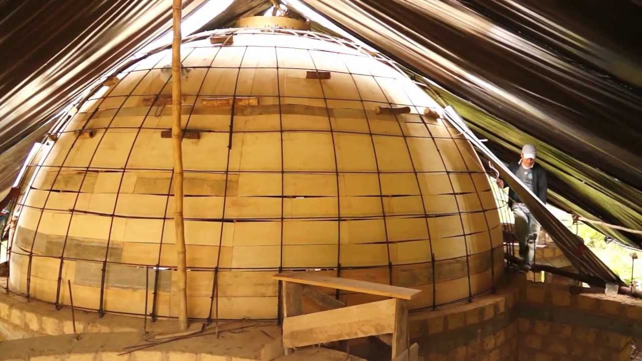 Main dome roof construction - YouTube
