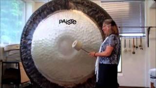 Judy Strauss 80 inch Paiste Gong.wmv