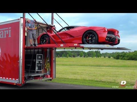Ferrari LaFerrari Unloading // Sound!