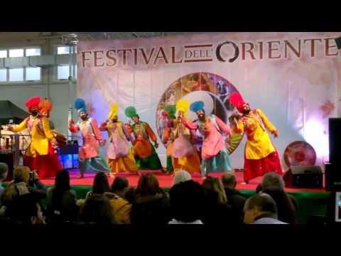Vanjhali Vaja | Amrinder Gill | Festival dell'Oriente | Bhangra Italia