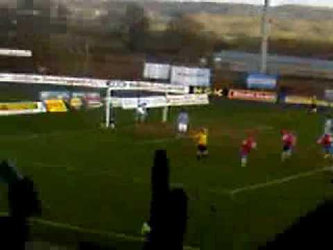 Jim Ervin Penalty vs Ballymena 21/03/2009