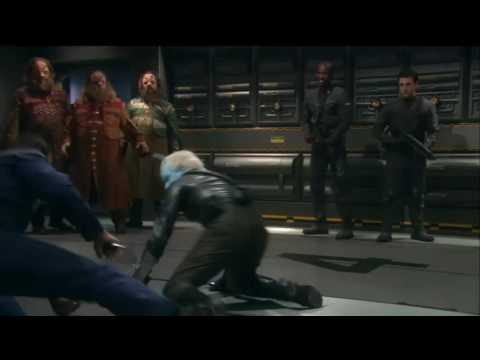 Captain Archer and Shran fight to the death during Ushaan