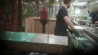 Hungerlohn am Fliessband - Leiharbeit bei Daimler 2013