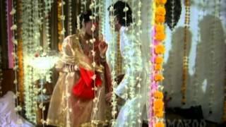 Kasam Paida Karne Wale Ki - Romantic Scene Collection - Mithun Chakraborty - Smita Patil thumbnail