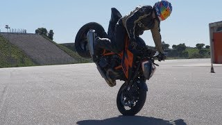 KTM 1290 SUPER DUKE R 2020 TEST RIDE burnouts, endos and big wheelies